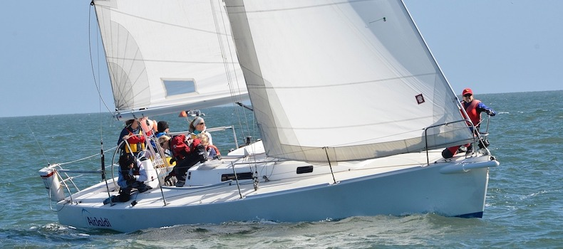 learn to sail, start crewing on a keelboat