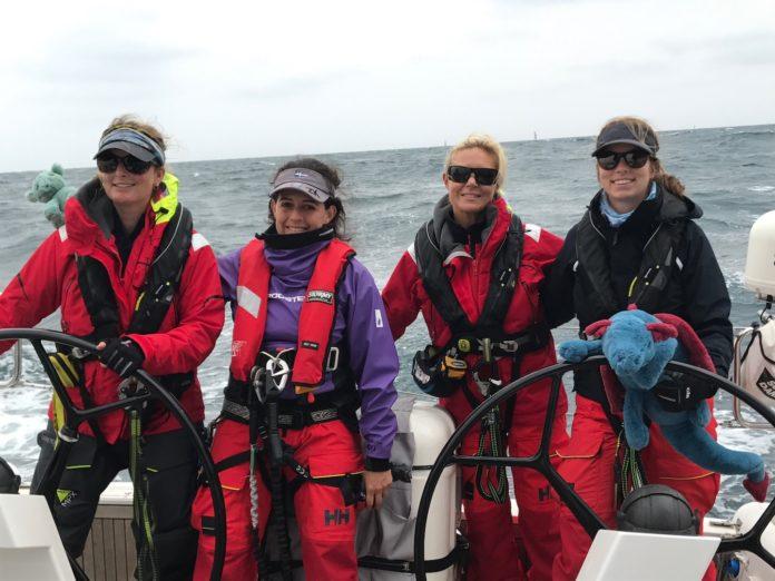 Wings crew members Janease Graham, Elyse Guevara, Janelle Orth and Katy McDonald - 2019 Bird Island Race